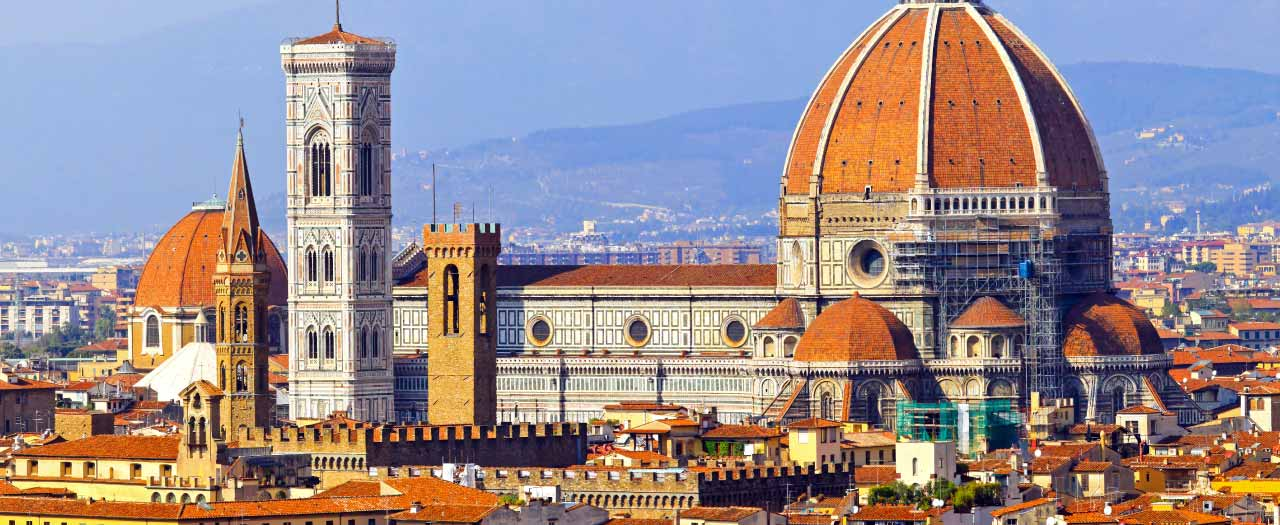 Il Duomo cathedral in Florence, Italy