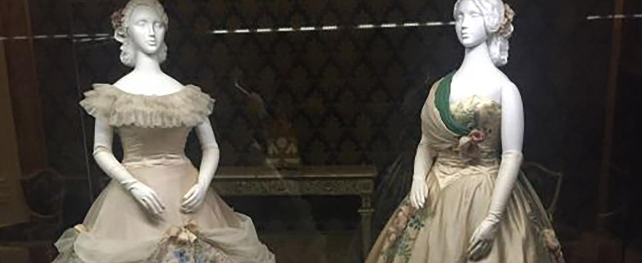 Mannequins in Florence Fashion Museum